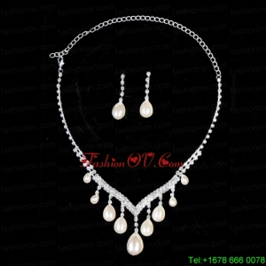 Splendid Big Drop Pearl Ladies Necklace And Earrings Jewelry Set