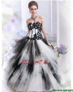 2015 New Style White and Black Strapless Quinceanera Dresses with Appliques