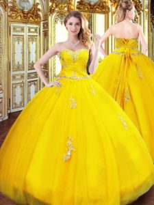 Edgy Sweetheart Sleeveless Vestidos de Quinceanera Floor Length Beading and Appliques Gold Tulle