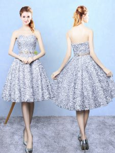 Eye-catching Knee Length Grey Quinceanera Court Dresses Printed Sleeveless Belt