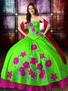 Top Selling Multi-color Lace Up Strapless Embroidery Quince Ball Gowns Satin Sleeveless