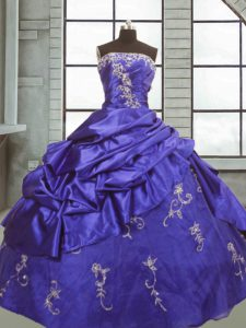 Ball Gowns Quinceanera Gowns Purple Strapless Taffeta Sleeveless Floor Length Zipper