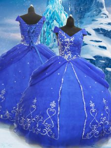 V-neck Short Sleeves Quinceanera Dresses Floor Length Beading and Appliques Blue Tulle