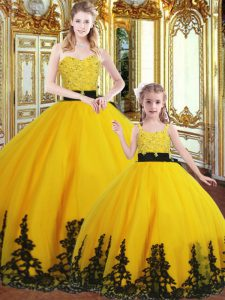 Sweetheart Sleeveless Quinceanera Dress Floor Length Beading and Appliques Gold Organza