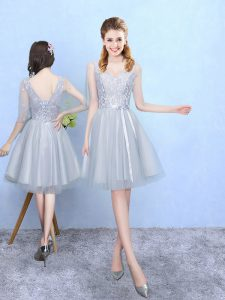 Half Sleeves Tulle Knee Length Lace Up Vestidos de Damas in Silver with Lace