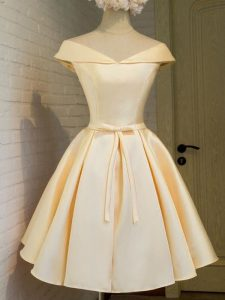 Cap Sleeves Taffeta Knee Length Lace Up Court Dresses for Sweet 16 in Champagne with Belt