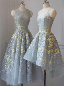 Tea Length Criss Cross Quinceanera Dama Dress Grey for Prom and Party and Wedding Party with Lace