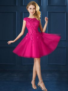 Custom Fit Bateau Cap Sleeves Vestidos de Damas Knee Length Lace and Belt Fuchsia Tulle