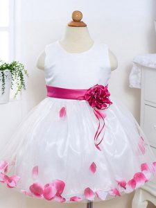 Tulle Sleeveless Knee Length Flower Girl Dress and Appliques and Hand Made Flower