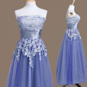 Customized Strapless Sleeveless Wedding Party Dress Tea Length Appliques Lavender Tulle