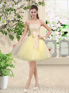 Light Yellow Off The Shoulder Neckline Lace and Belt Court Dresses for Sweet 16 Sleeveless Lace Up