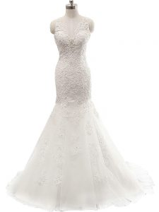 Elegant White V-neck Clasp Handle Lace Bridal Gown Brush Train Sleeveless