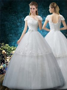 Exquisite Scoop Short Sleeves Wedding Gowns Floor Length Embroidery White Tulle