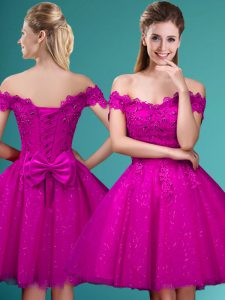 Beauteous Fuchsia A-line Lace and Belt Dama Dress for Quinceanera Lace Up Tulle Cap Sleeves Knee Length
