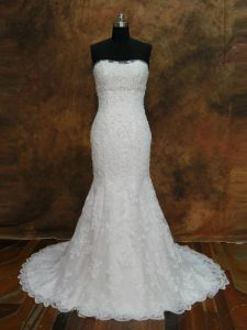 Most Popular White Sleeveless Lace Lace Up Wedding Gowns