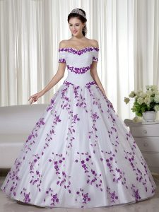 Low Price Off The Shoulder Short Sleeves Quinceanera Gown Floor Length Embroidery White Organza
