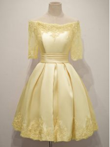 Sweet Yellow Taffeta Lace Up Dama Dress Half Sleeves Knee Length Lace