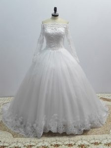 White Long Sleeves Tulle Brush Train Lace Up Wedding Gown for Wedding Party