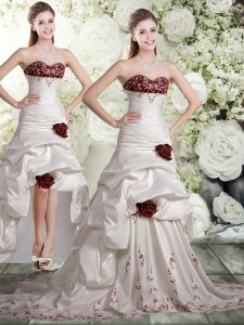 Adorable Brush Train A-line Wedding Dress White And Red Sweetheart Taffeta and Chiffon Sleeveless Backless