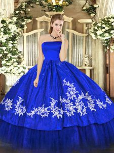 Delicate Royal Blue Zipper Strapless Embroidery 15th Birthday Dress Organza and Taffeta Sleeveless