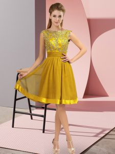Gold Empire Chiffon Scoop Sleeveless Appliques Knee Length Backless Homecoming Dress