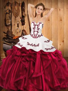 Floor Length Ball Gowns Sleeveless Burgundy Vestidos de Quinceanera Lace Up