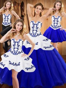 Elegant Sleeveless Floor Length Embroidery Lace Up Quinceanera Gown with Royal Blue