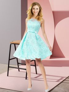 Cute Lace Sleeveless Knee Length Quinceanera Court Dresses and Bowknot