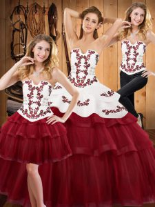 Extravagant Ball Gowns Sleeveless Burgundy Quinceanera Dresses Sweep Train Lace Up