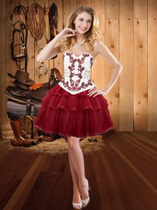 Embroidery Homecoming Dress Wine Red Lace Up Sleeveless Mini Length