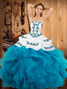 Sleeveless Embroidery and Ruffles Lace Up Ball Gown Prom Dress