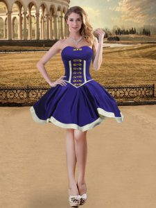Fashionable Sleeveless Lace Up Mini Length Beading Homecoming Dress