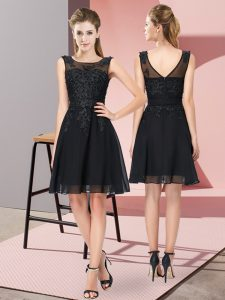Chiffon Scoop Sleeveless Zipper Appliques Dama Dress in Black