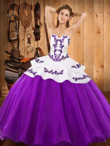 Sexy Eggplant Purple Ball Gowns Satin and Organza Strapless Sleeveless Embroidery Floor Length Lace Up Quinceanera Dress