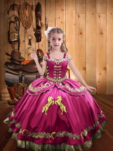 Glorious Off The Shoulder Sleeveless Satin Girls Pageant Dresses Beading and Embroidery Lace Up