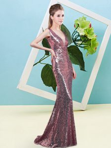 Eye-catching Pink Mermaid Sequined V-neck Sleeveless Sequins Floor Length Zipper Prom Gown
