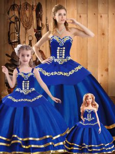 Royal Blue Sleeveless Floor Length Embroidery Lace Up Sweet 16 Dresses