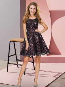 Scoop Sleeveless Zipper Bridesmaid Dress Black Sequined