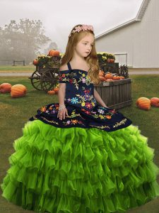 Olive Green Ball Gowns Organza Straps Sleeveless Embroidery Floor Length Lace Up Pageant Dresses