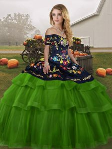 Affordable Green Quinceanera Gowns Off The Shoulder Sleeveless Brush Train Lace Up