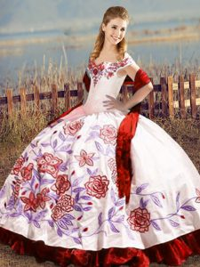 Amazing White And Red Ball Gowns Embroidery and Ruffles Ball Gown Prom Dress Lace Up Satin Sleeveless Floor Length