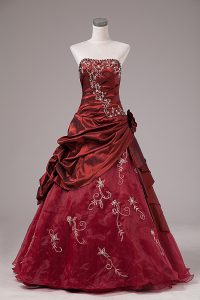 Flirting Sleeveless Organza and Taffeta Floor Length Lace Up Quinceanera Gown in Burgundy with Beading and Embroidery
