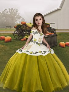 Olive Green Straps Neckline Embroidery Little Girl Pageant Dress Sleeveless Lace Up