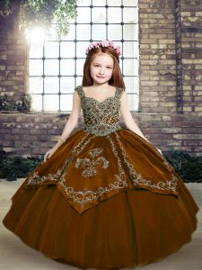 Brown Ball Gowns Beading and Embroidery Pageant Dresses Lace Up Tulle Sleeveless Floor Length