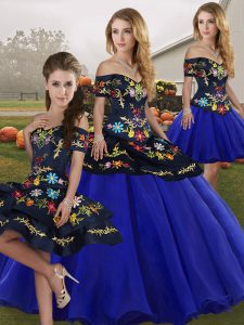 Customized Tulle Off The Shoulder Sleeveless Lace Up Embroidery Sweet 16 Dress in Royal Blue