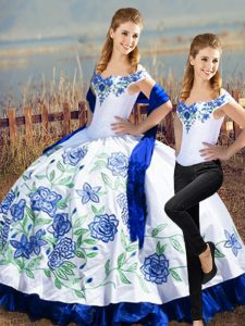 Pretty Blue And White Off The Shoulder Lace Up Embroidery Vestidos de Quinceanera Sleeveless