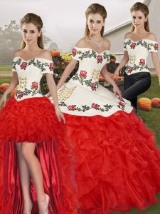 White And Red Lace Up Off The Shoulder Embroidery and Ruffles Vestidos de Quinceanera Organza Sleeveless