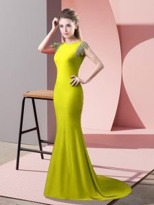 Short Sleeves Elastic Woven Satin Brush Train Backless Prom Gown in Yellow Green with Beading