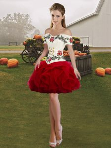 Amazing Off The Shoulder Sleeveless Lace Up Wine Red Tulle