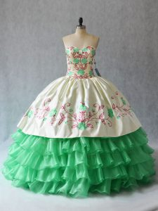 Sweetheart Sleeveless Lace Up Quinceanera Gowns Apple Green Organza
